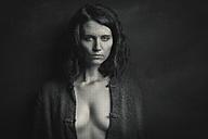 Portrait of woman with dark hair - CvK000058