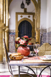Morocco, Marrakesh-Tensift-El Haouz, laid table at hotel - THA000225