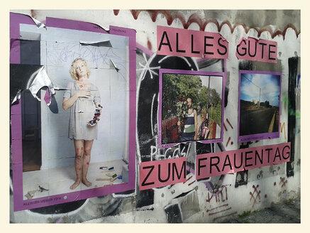 Street art, Graffiti, Ladies day, Prenzlauer Berg, Deutschland, Berlin - BFR000386