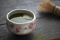Green Matcha Tea in cup with Cha-sen - IPF000103