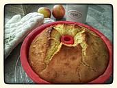 Sponge cake in baking pan, Studio - CSF021258