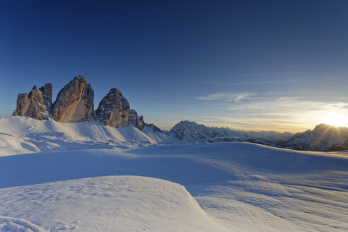 Italy, Alto Adige, Sexten Dolomites, Hochpuster Valley, Tre Cime di Lavaredo in the evening - GFF000438