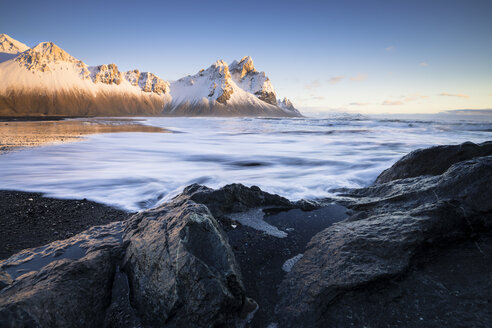 Iceland, Black sandy beach of Stokksnes - STCF000030