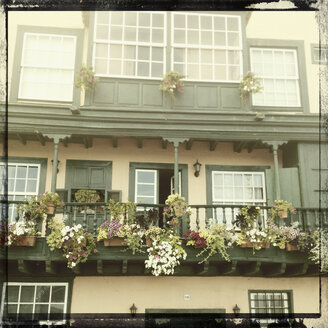 Typical flower-decked balconies in Cruz de La Palma, Canary Islands, Spain - SEF000654