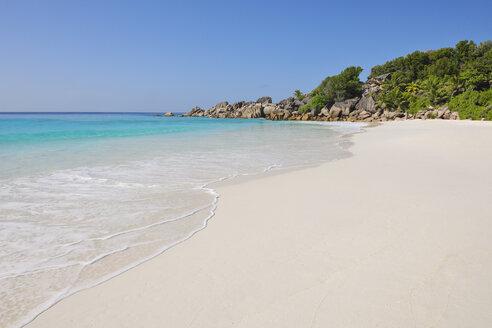 Seychelles, La Digue, view to Petit Anse  Beach - RUEF001237