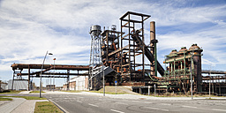 Germany, North Rhine-Westphalia, Dortmund-Hoerde,  Phoenix West, abandoned blast furnace steelmill, water tower - WIF000584