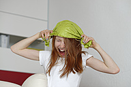 Screaming girl with funny headgear - LBF000695