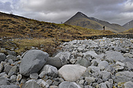 UK, Scotland, Landscape with cloudy sky - FDF000046