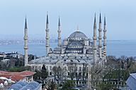 Turkey, Istanbul, Blue Mosque at dusk - SIE005296