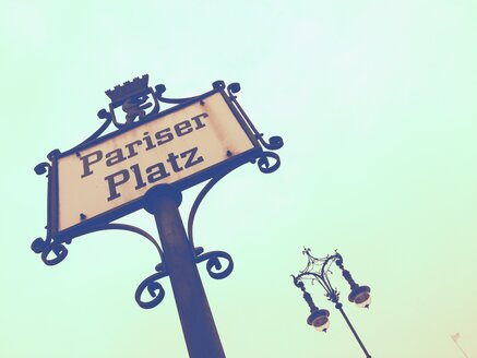 Sign Pariser Platz, Berlin, Germany - RIMF000239