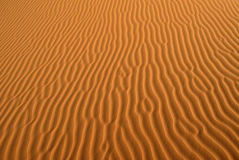 Algeria, Tassili n Ajjer, Sahara, sand ripples on a desert dune - ESF001018