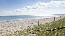 Germany, Mecklenburg-Western Pomerania, Beach on Rugen Island - FCF000063