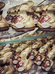Easter bunnies, hollow body, chocolate - MJ001025
