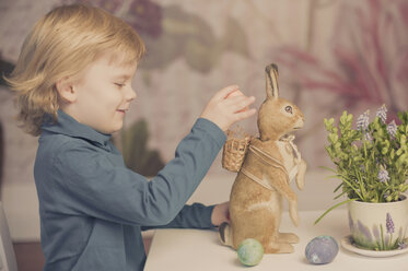 Blond boy with Easter bunny - MJF001015