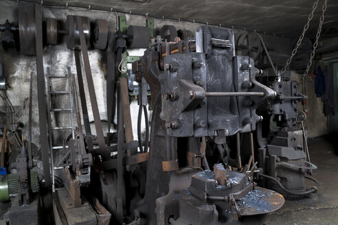 Germany, Bavaria, Josefsthal, Hammerschmiede at historic blacksmith's shop - TCF003944