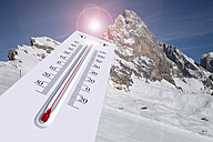 Global warming, Thermometer and mountains - KLR000040