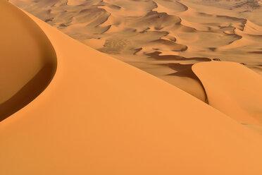 Algeria, Tassili n' Ajjer, Sahara, desert dunes - ESF001036