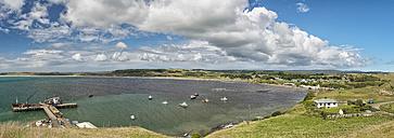 New Zealand, Chatham Island, Waitangi, Fishing boats in bay - SHF001211