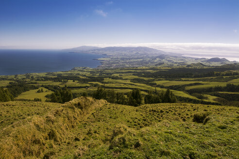 Portugal, Azores, Sao Miguel, View above the North-West coast - ONF000547