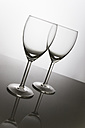 Two wine glasses - CNF000035