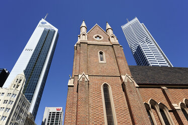 Australia, Perth, central business district, Wesley Church church between skyscrapers - MIZ000513