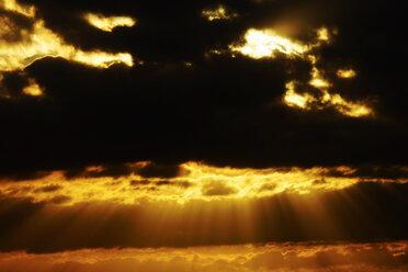 Germany, North Rhine-Westphalia, Minden, Sunset, Dramatic sky - HOHF000781