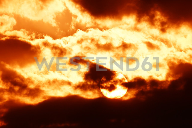 Germany, North Rhine-Westphalia, Minden, Sunset, Dramatic sky - HOHF000779