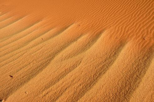 Algeria, Sahara, Tassili n' Ajjer, ripples on desert dune - ESF001068