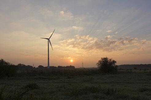 Germany, Lower Saxony, wind turbine in the morning - SJF000107