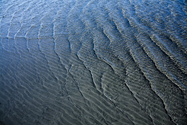 Wave pattern on sandy soil and waves - DISF000833