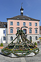Germany, Bavaria, Middle Franconia, Treuchtlingen, Townhall square, Easter fountain in front of townhall - LB000731