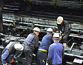 Workers doing maintenance works in a tube rolling mill - SCH000192