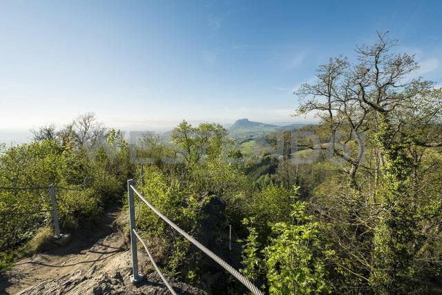 Germany, Baden Wuerttemberg, Constance district, Hegau, View from Hohenkraehen to Hohentwiel - ELF000982 - Markus Keller/Westend61