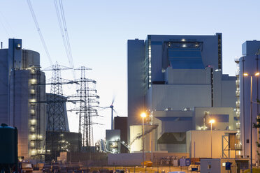 Germany, Hamburg, Coal-fired Power Plant Moorburg in the evening - MSF003935