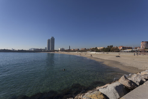 Spain, Catalonia, Barcelona, City beach - MKLF000029