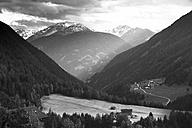 Austria, Tyrol, Kals am Grossglockner - MKLF000009