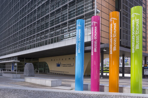Belgium, Brussels, European Commission, Multicolored columns at  Berlaymont building - WI000661