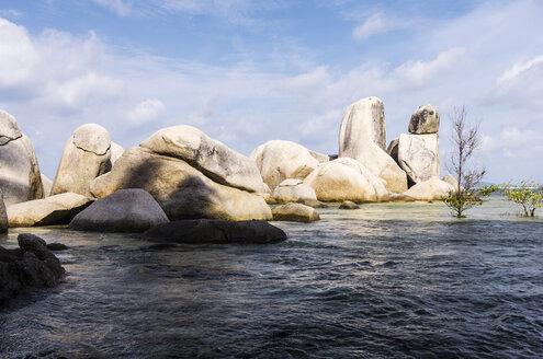 Indonesia, Riau Islands, Bintan, Nikoi Island, Washed out granite blocks - THAF000357