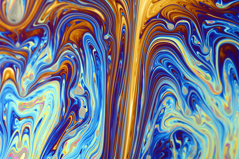 Light interference patterns on soap film - MJOF000315
