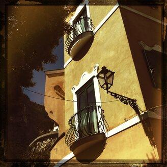 Italy, Campania, Amalfi Coast, house facade - STE000126