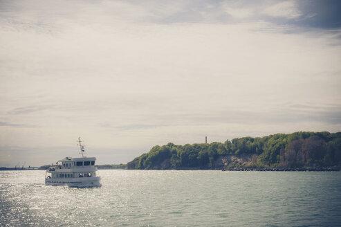 Germany, Mecklenburg-Western Pomerania, Ruegen, Sassnitz, Ship on Baltic Sea - MJ001250