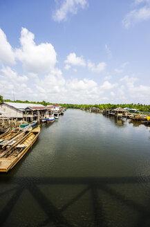 Indonesia, Riau Islands, Bintan Island, Fishing village with fishing boats - THAF000377