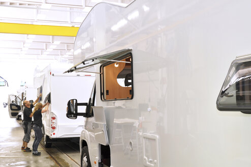 Assembly line production of motorhomes in a factory - SCH000237