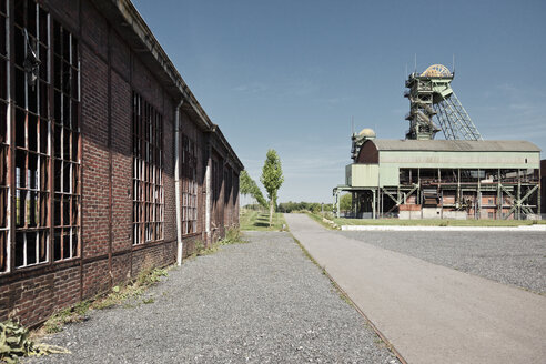 Germany, North Rhine-Westphalia, Ahlen, Headframe of the former Coal Mine Westfalen - MEM000134