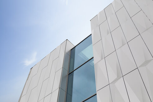 Part of modern facade with ornament - MKL000031