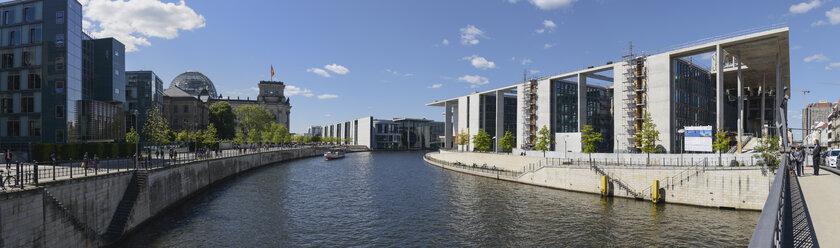 Germany, Berlin, Reichstag, Paul-Loebe-Haus, Marie-Elisabeth-Lueders-Haus and River Spree - HHEF000073