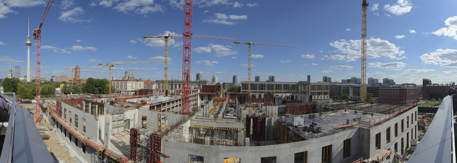 Germany, Berlin, Construction site of Berlin City Palace - HHE000089