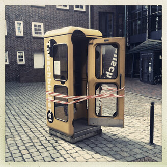 Old telephone booth, Deutsche Telekom, Buxtehude, Germany - MEMF000062