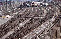 Germany, Hamburg, view to railway yard - RJ000154