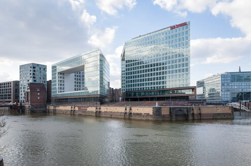 Germany, Hamburg, view to new building of publishing house Der Spiegel - RJ000159